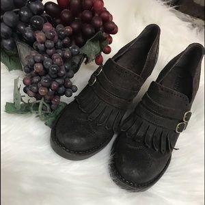 Born Saddle Booties Fringe Wingtips Leather